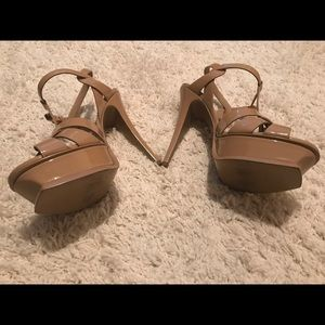 Yves Saint Laurent Shoes - YSL Tribute - Nude sz 40